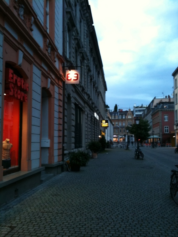Der Nachbar von Beate Uhse in Konstanz