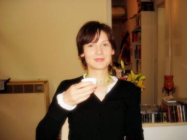 Suzanne beim Tee