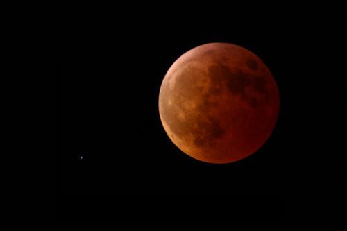 Der Abend des Mondfinsternis am 3. 3. 2007